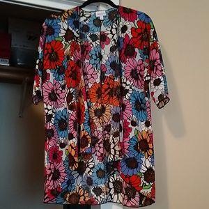 Lularoe Bianka kimono size 3 NWOT